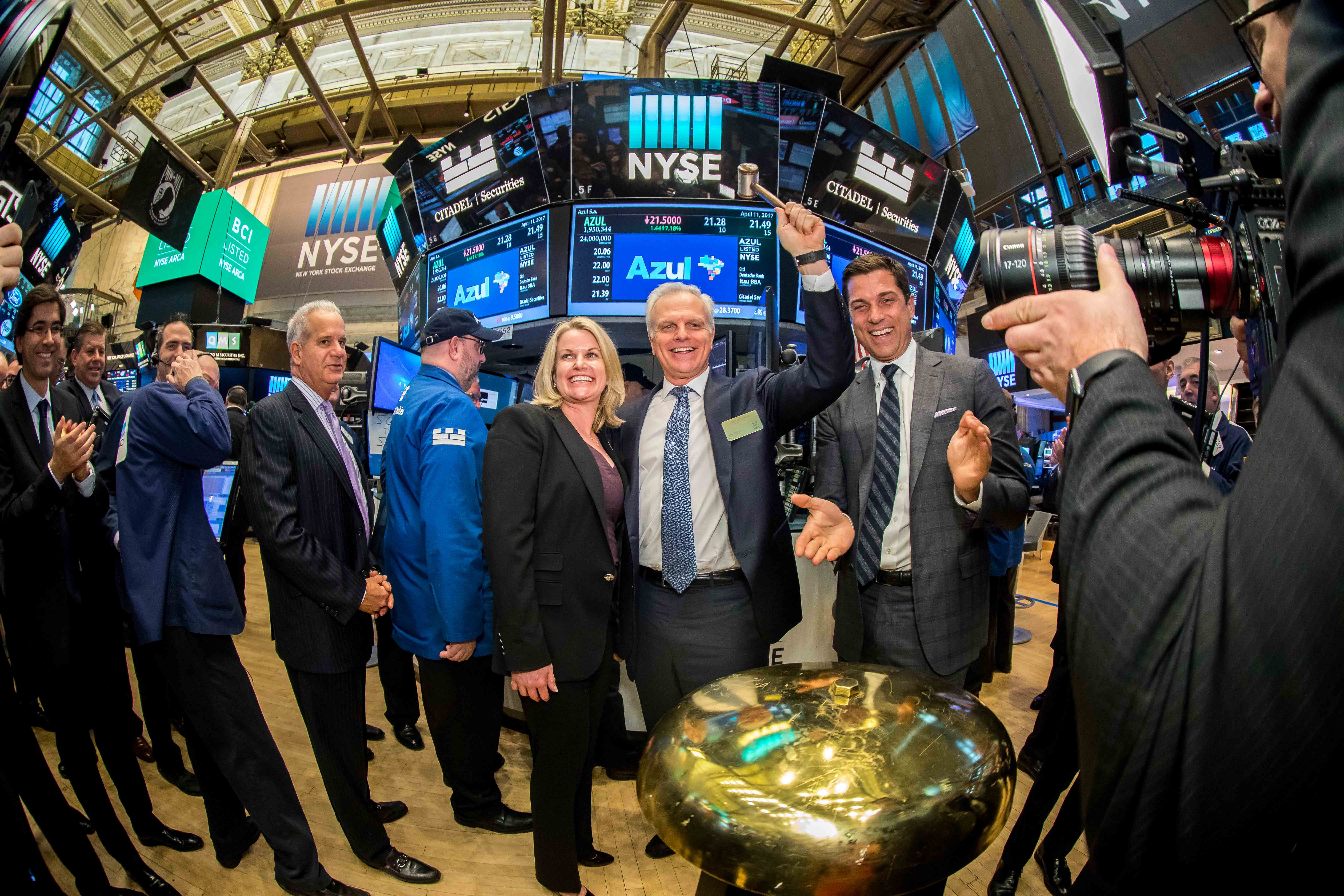 Azul IPO Second best, Two by two, John