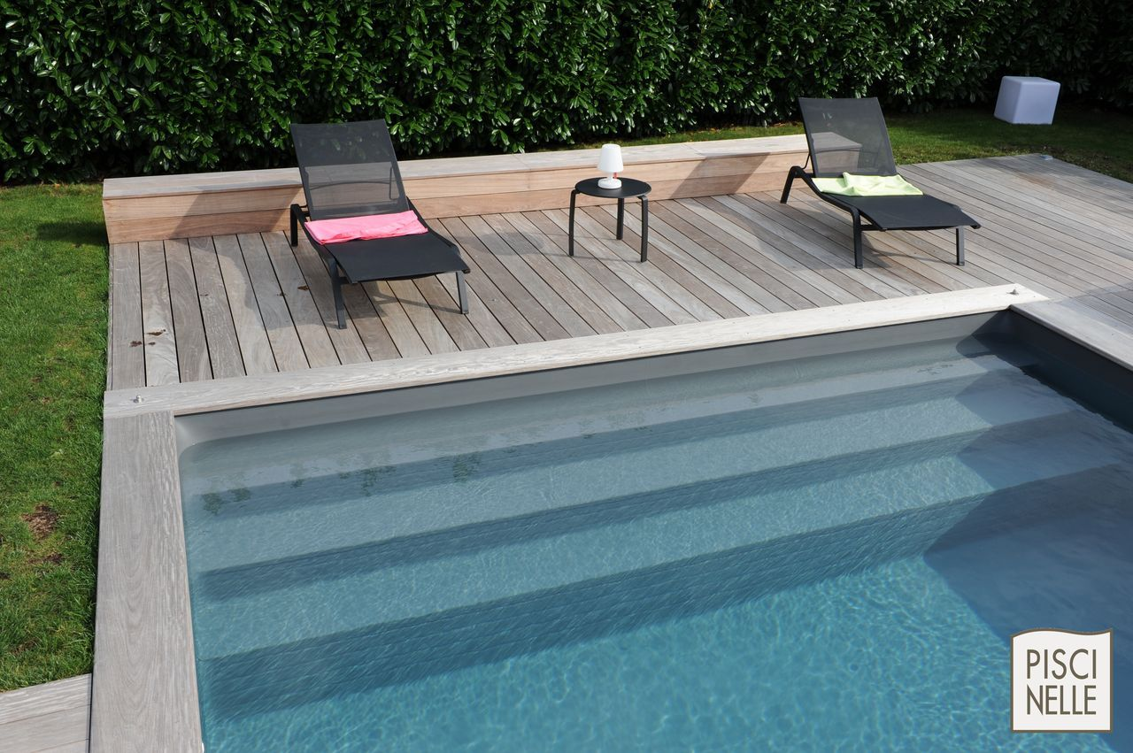 piscinelle avec margelles et terasse en ip certifi e pefc. Black Bedroom Furniture Sets. Home Design Ideas