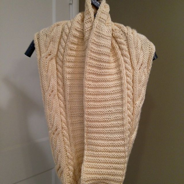 Ravelry: Project Gallery for Keiko - infinity scarf pattern by Mary ...