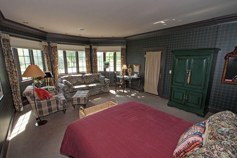 The Colorado Guest Room
