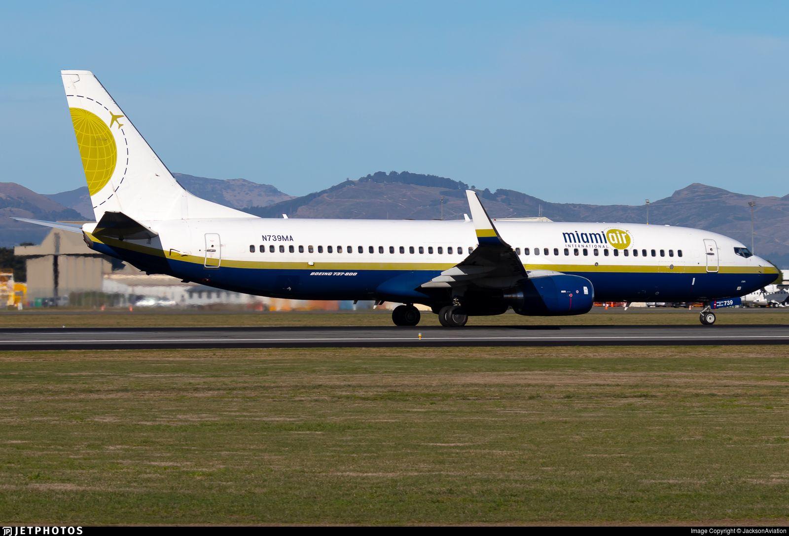 N739MA Christchurch international airport, Boeing 737