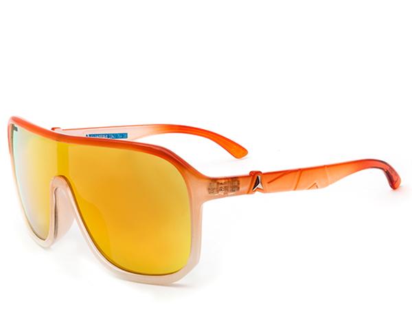Meu óculos de sol pro verão 2014.