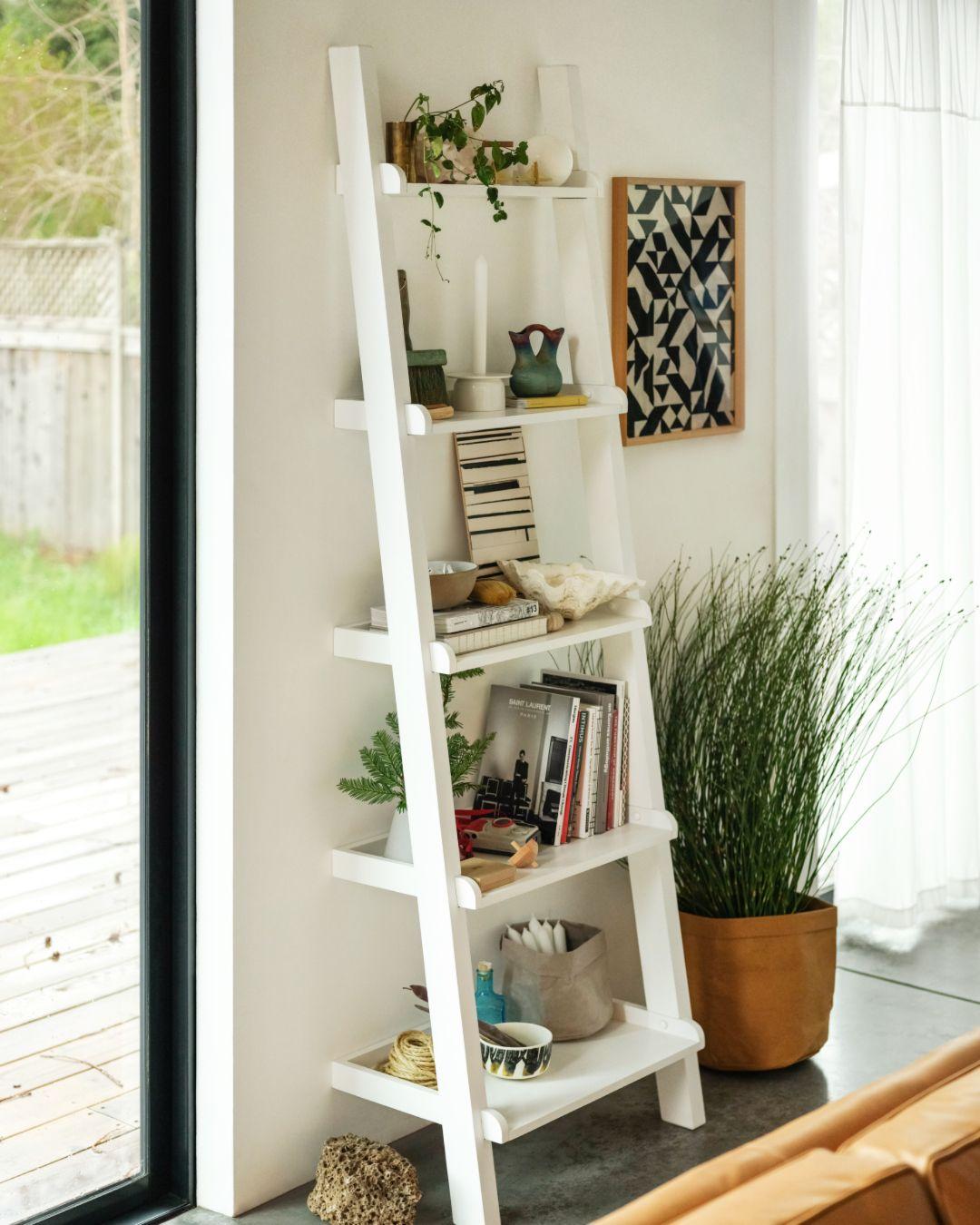 Asterix Ladder Shelf | EQ3