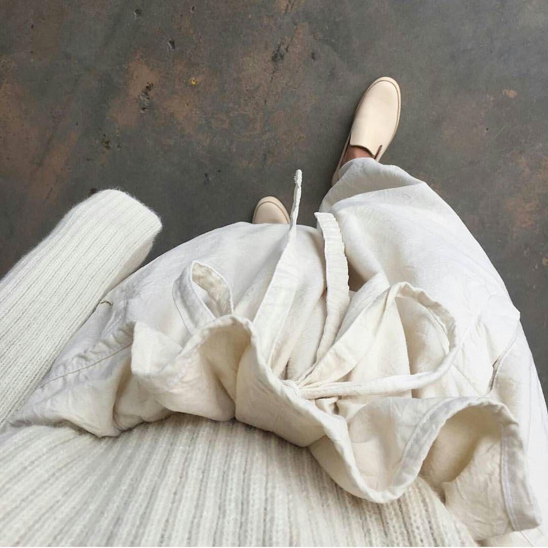 Good morning!  #fashionshow #fashion #style #designer #backstage #fashionista #pfw #mfw #fashiondesigner #collection #designers #parisfashionweek #couture #fashionstyle #highfashion #fashiondesign #design #instafashion #handmade #sewing #inspiration #fashionweek #fabric #lace #clothing #vogue