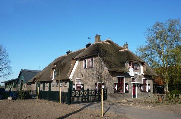 Rieten dak vervangen boerderij lunteren rietdekkersbedrijf de
