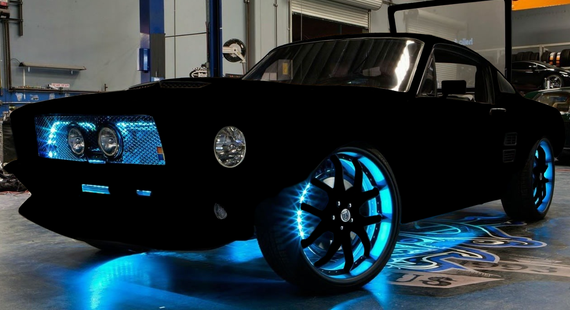 What Would Happen At Both Day And Night If Paint Car In Vantablack Car Painting Car Review Car