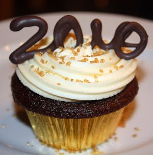 100 Festive New Years Eve Desserts
