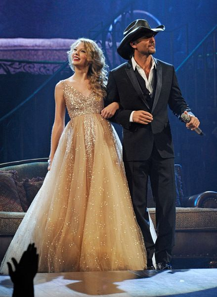 Taylor Swift And Tim Mcgraw Speak Now Tour In Nashville Taylor Swift Facts Taylor Swift Dress Taylor Alison Swift