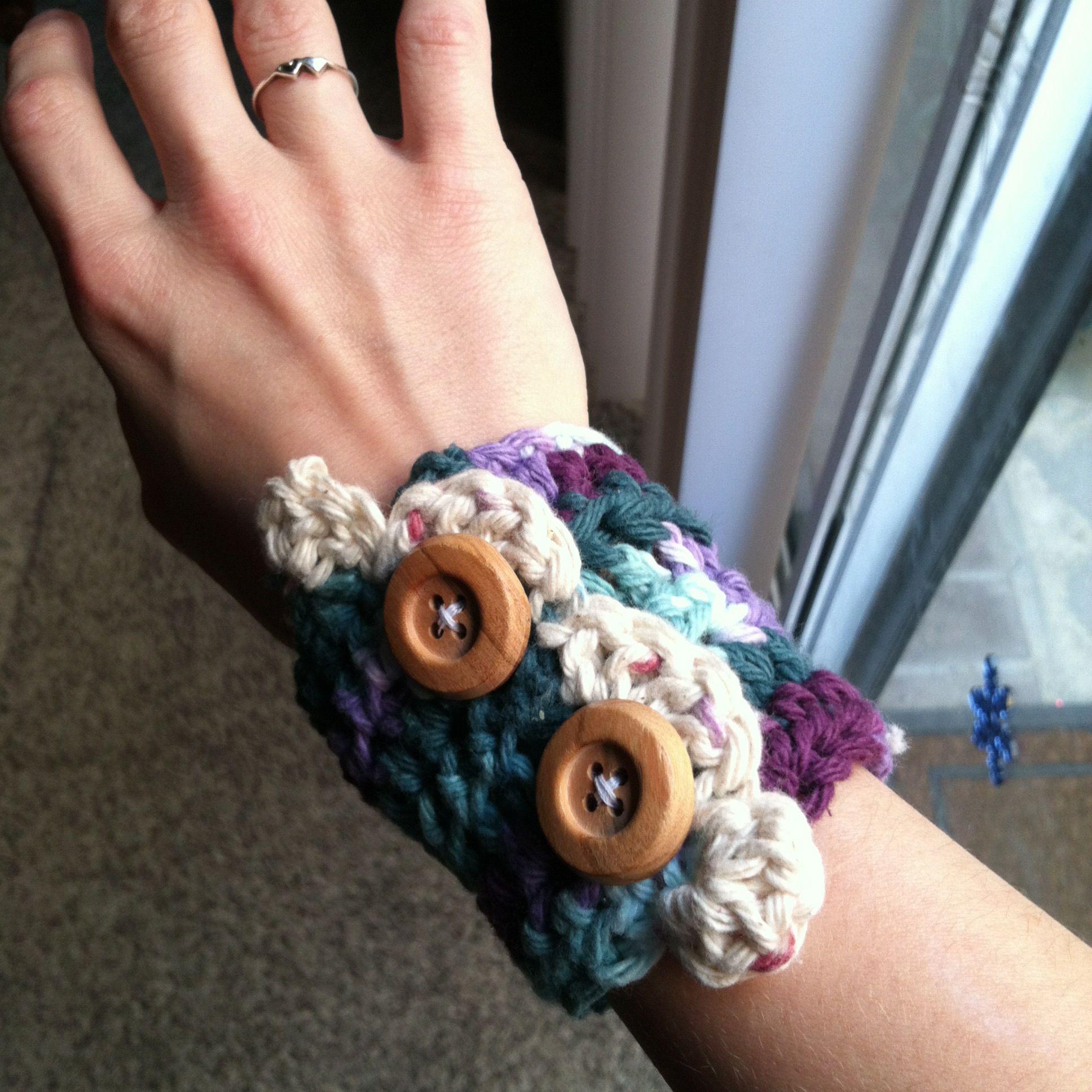 My crochet wristlet.