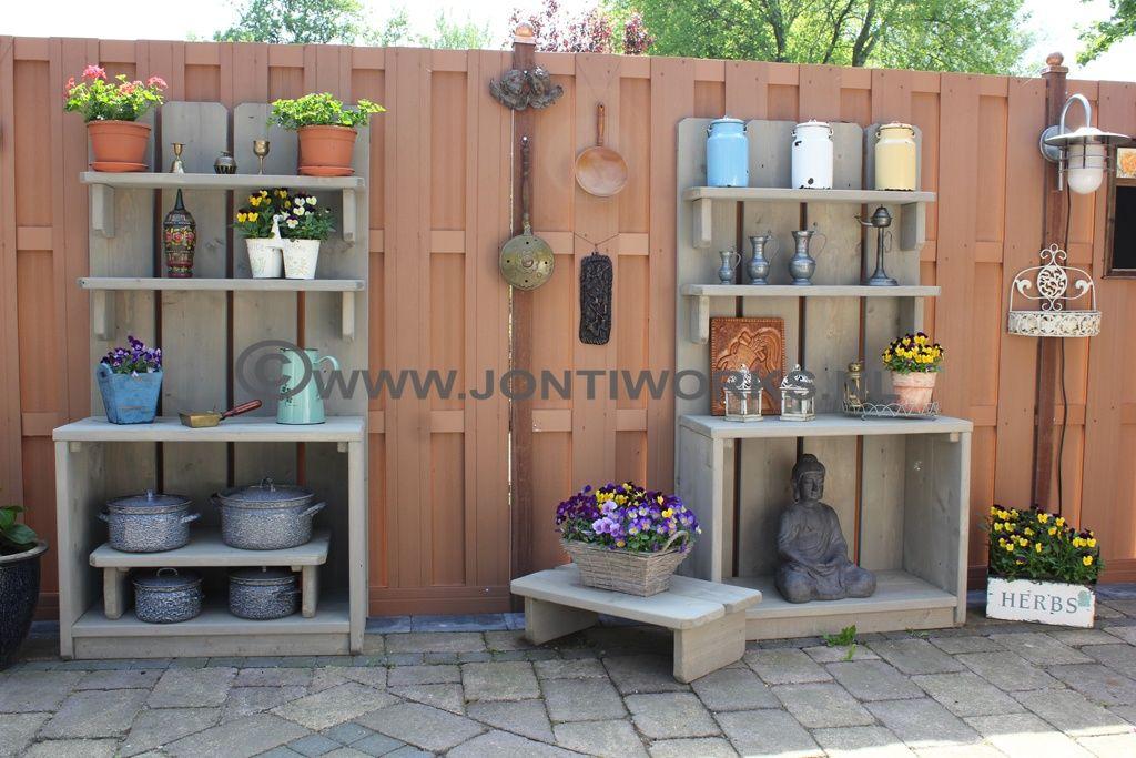 Steigerhouten open tuinkast leuk met planten kruiden en for Decoratie schutting