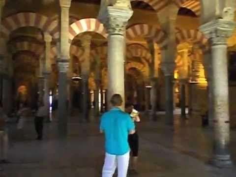La Mezquita De Córdoba Su Origen Cristiano Y Su Conversion A Mezquita Mezquita Clase De Español Catedral