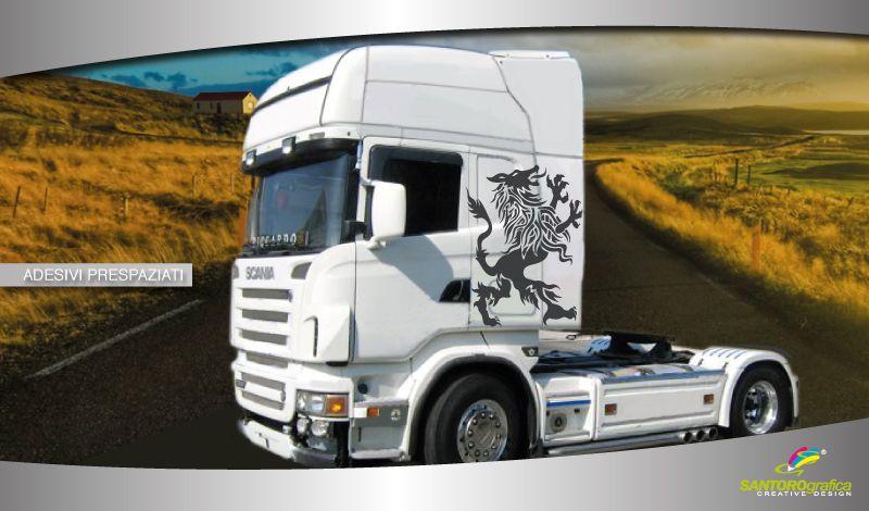 #uncamioncomepochi #solodasantorografica adesivo per camion - leone - disponibile in vari colori e varie dimensioni.