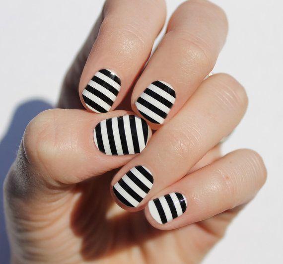 Bold Black Stripes Nail Wraps