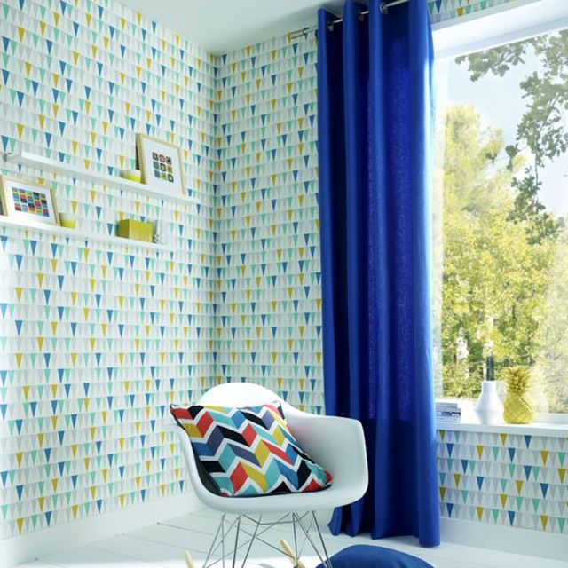 un papier peint petits triangles vert turquoise bleu p trole et vert chartreuse pile dans la. Black Bedroom Furniture Sets. Home Design Ideas