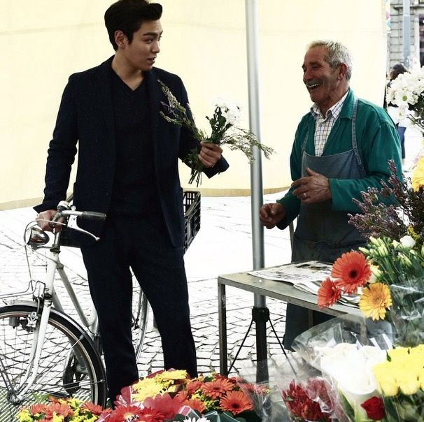 TOP   BEHIND-THE-SCENES OF VOGUE KOREA NOVEMBER '14 ISSUE