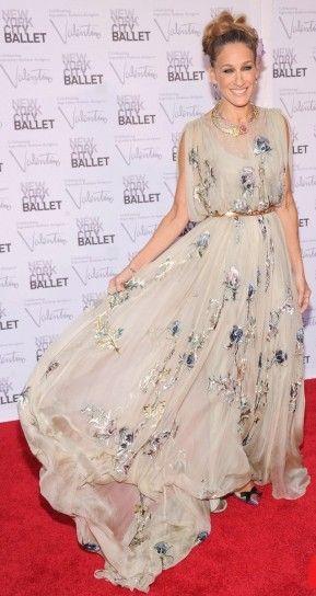 Best Dressed of the Week: Sarah Jessica Parker, Vanessa Hudgens, Victoria Justice