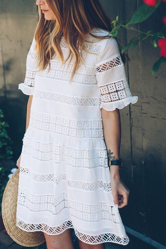 60+ Romantic Lace Mini Midi Dress Ideas 10