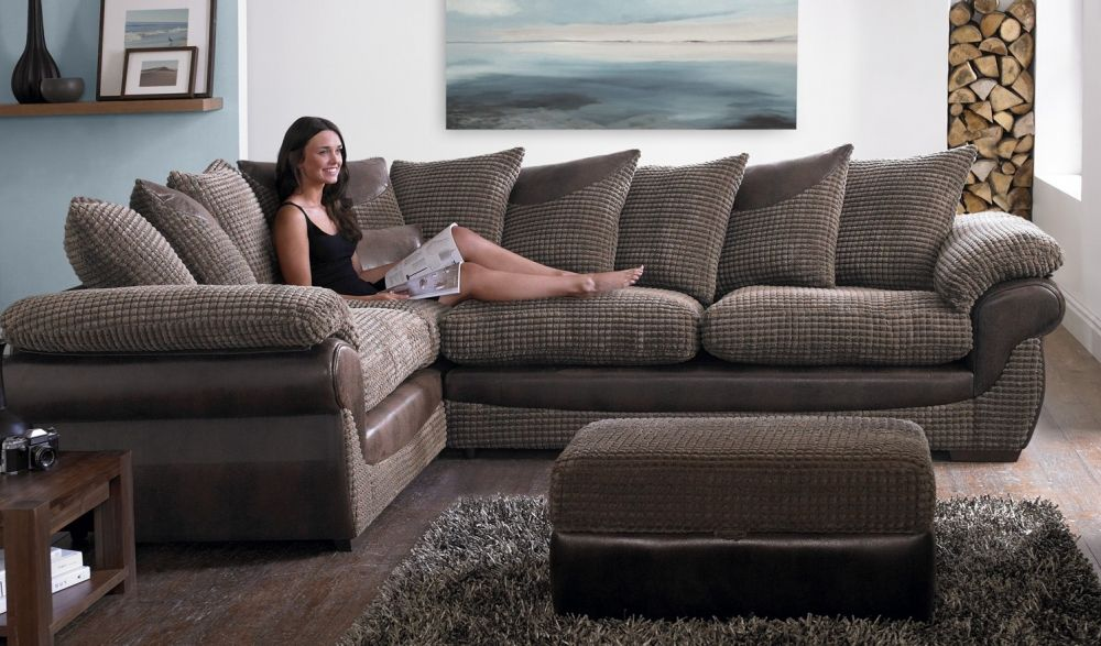 Charmant Dou0027s And Donu0027ts Of Buying Sofas For Your Living Room