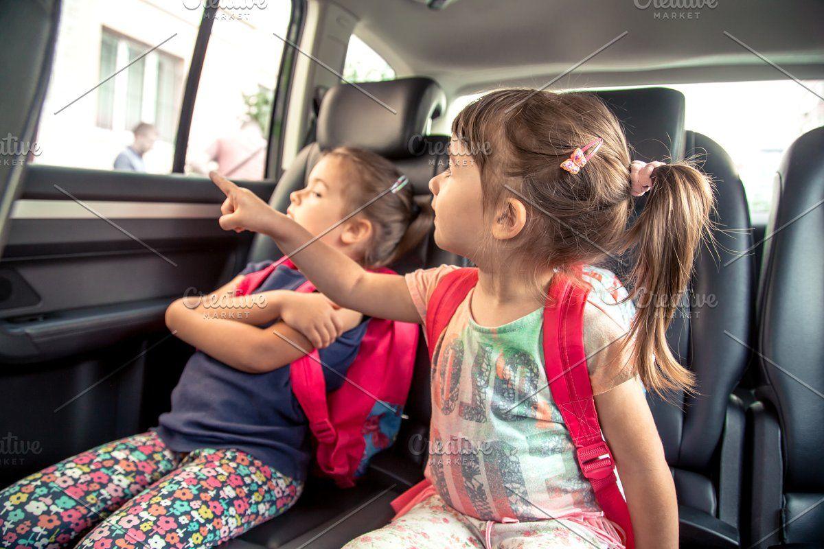 Children in the car go to school, ha in 2020 School
