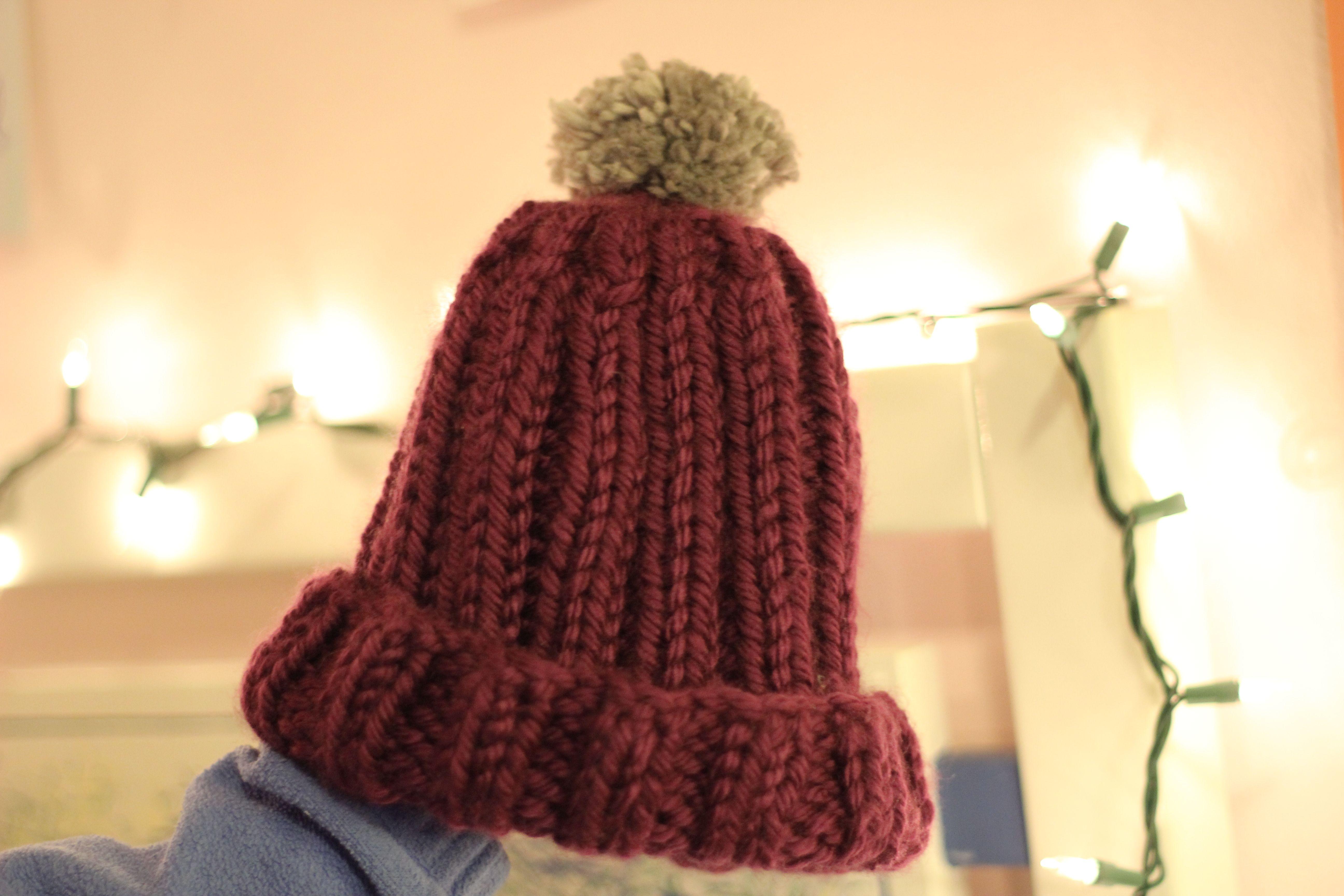 chunky ribbed knit hat w/ silver pom pom