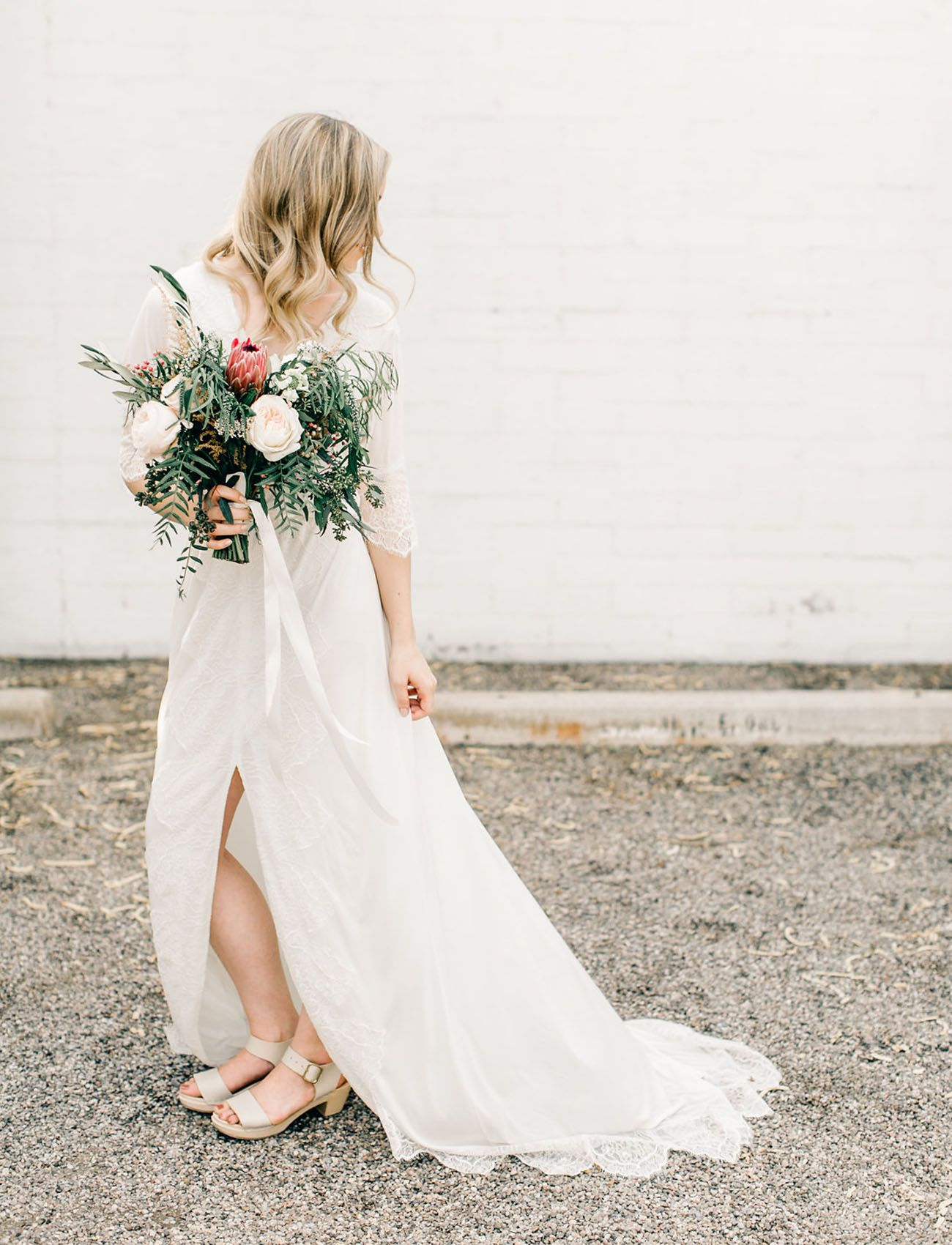 Hip, Modern + Minimal Tucson Desert Wedding | Wedding dress, Tucson ...
