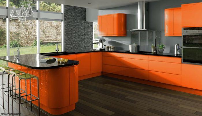 cuisine en orange et gris