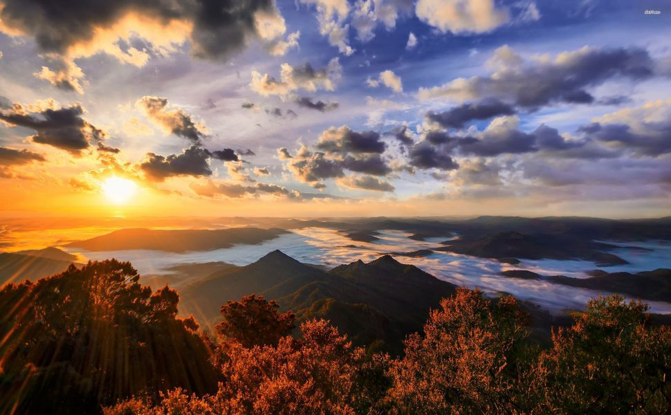 Sunrise Over The Mountains Hd Wallpaper Mountain Sunset