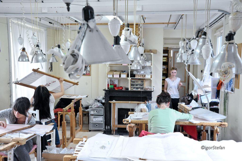 Ateliers lesage paris broderie haute couture - Maison de haute couture ...