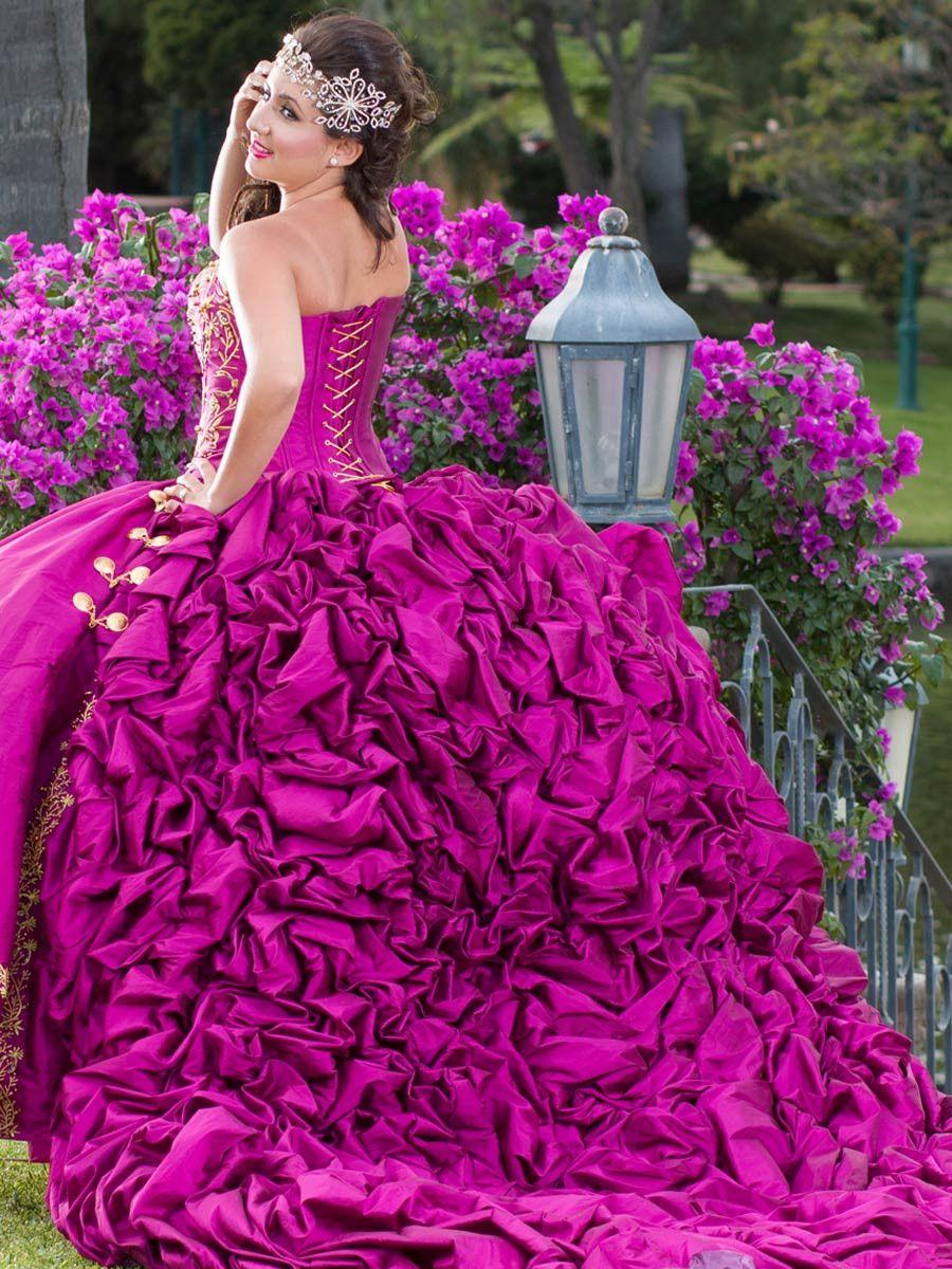 Asombroso Vestidos De Novia Baratos En Edimburgo Festooning ...