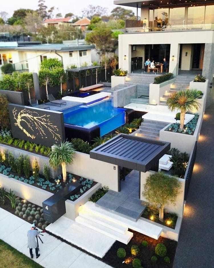 piscine transparente en 70 id es exclusives un. Black Bedroom Furniture Sets. Home Design Ideas