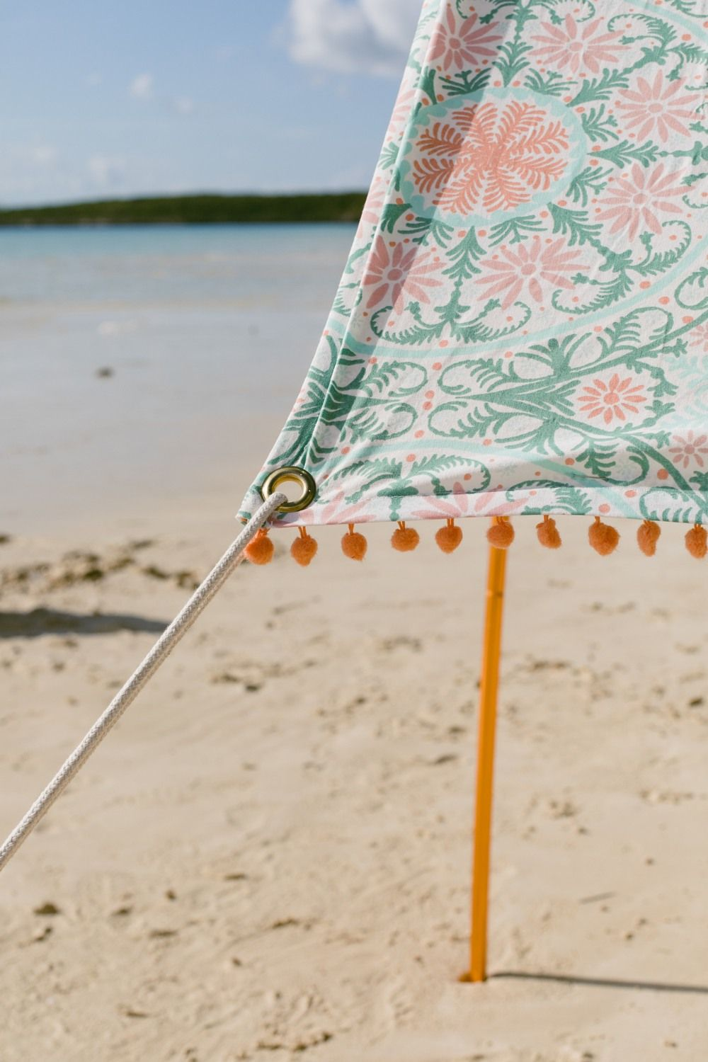 This Diy Beach Tent Fits In A Suitcase