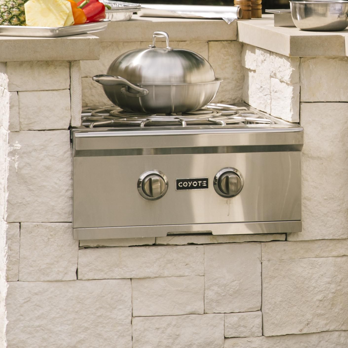 Coyote Built In Natural Gas Power Burner C1pbng Bbqguys Gas Cooker Outdoor Kitchen Outdoor Kitchen Appliances