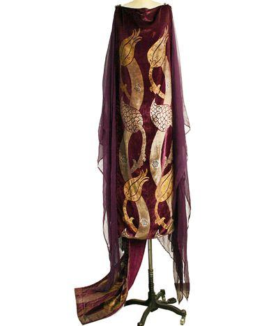 Robe made of silk and glass, early 20th C.,  Designer: Mariano Fortuny (Spanish, Granada 1871–1949 Venice)