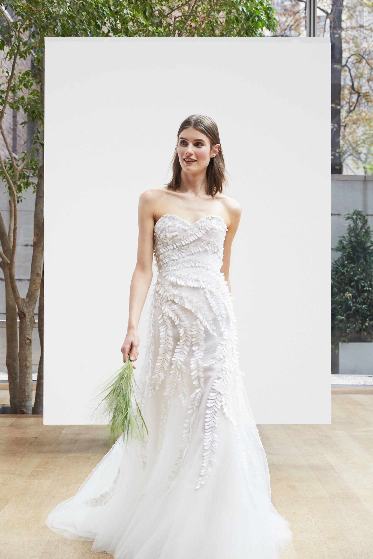 See the complete Oscar de la Renta Bridal Spring 2018 collection ...