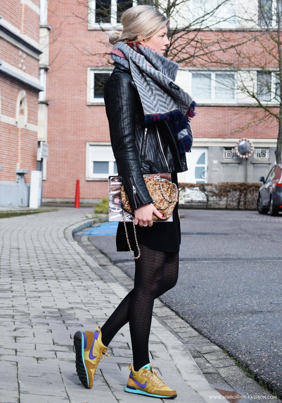 2015 zara scarf/maje jacket/max mara dress/mulberry bag /nike