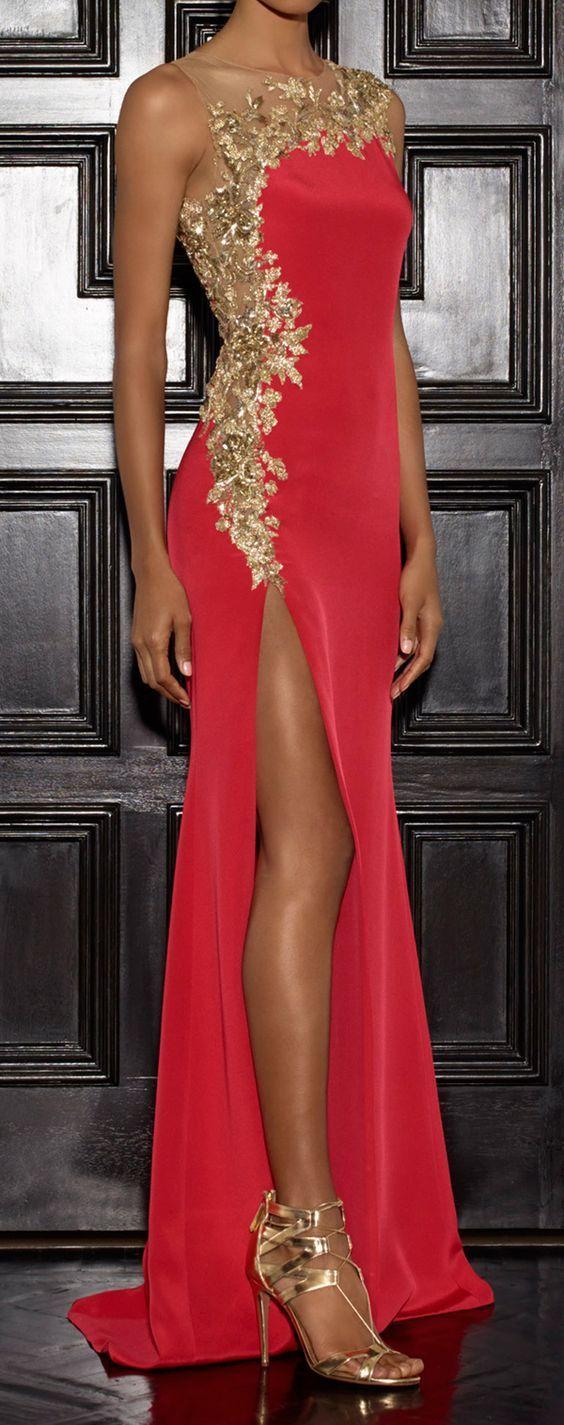 Večerní šaty z růžového hedvábí s krásnou zlatou krajkou th