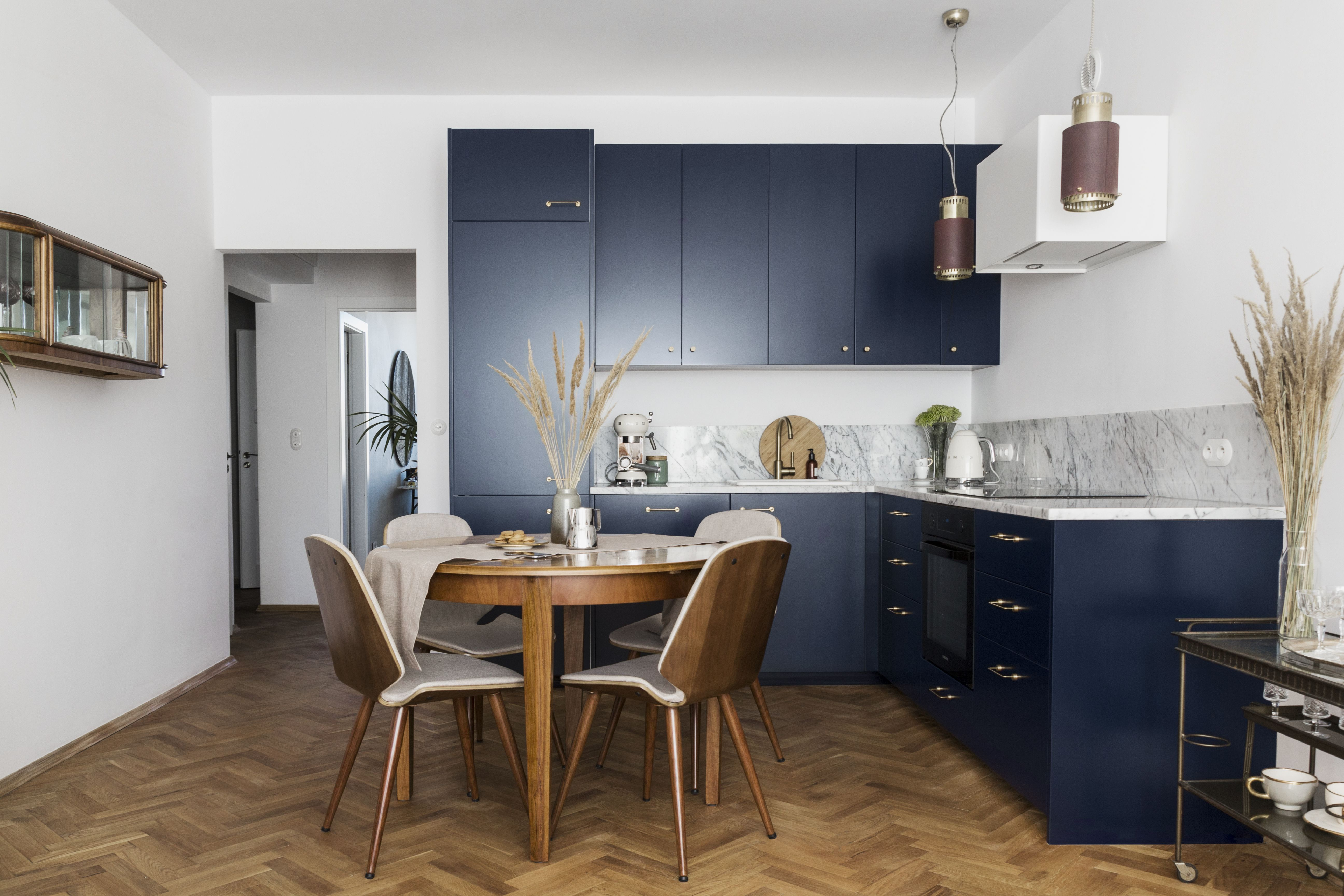 The Beautiful Navy Blue Colour On Our Pure Fronts And Ikea Metod Kitchen Base Projekty Wnetrz Kuchni Mieszkanie Kuchnia Nowoczesna