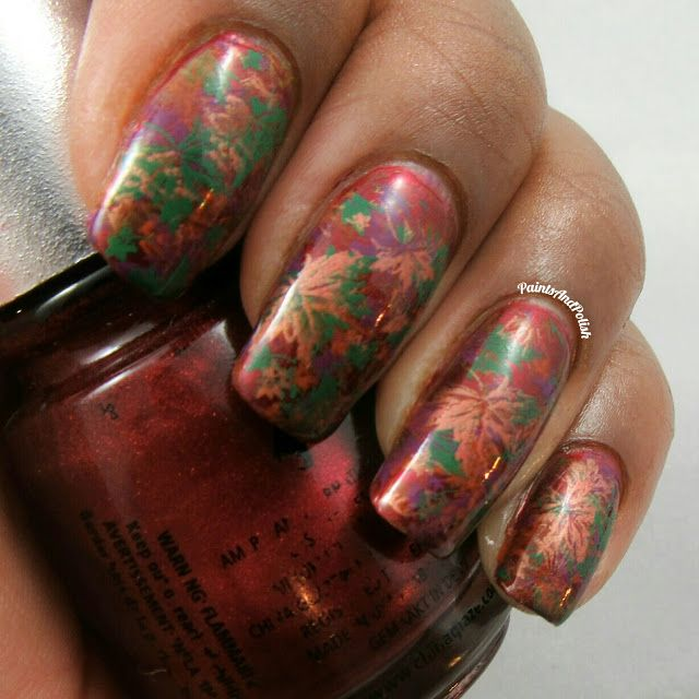 Paints And Polish: Canadian Maple Leaves Manicure