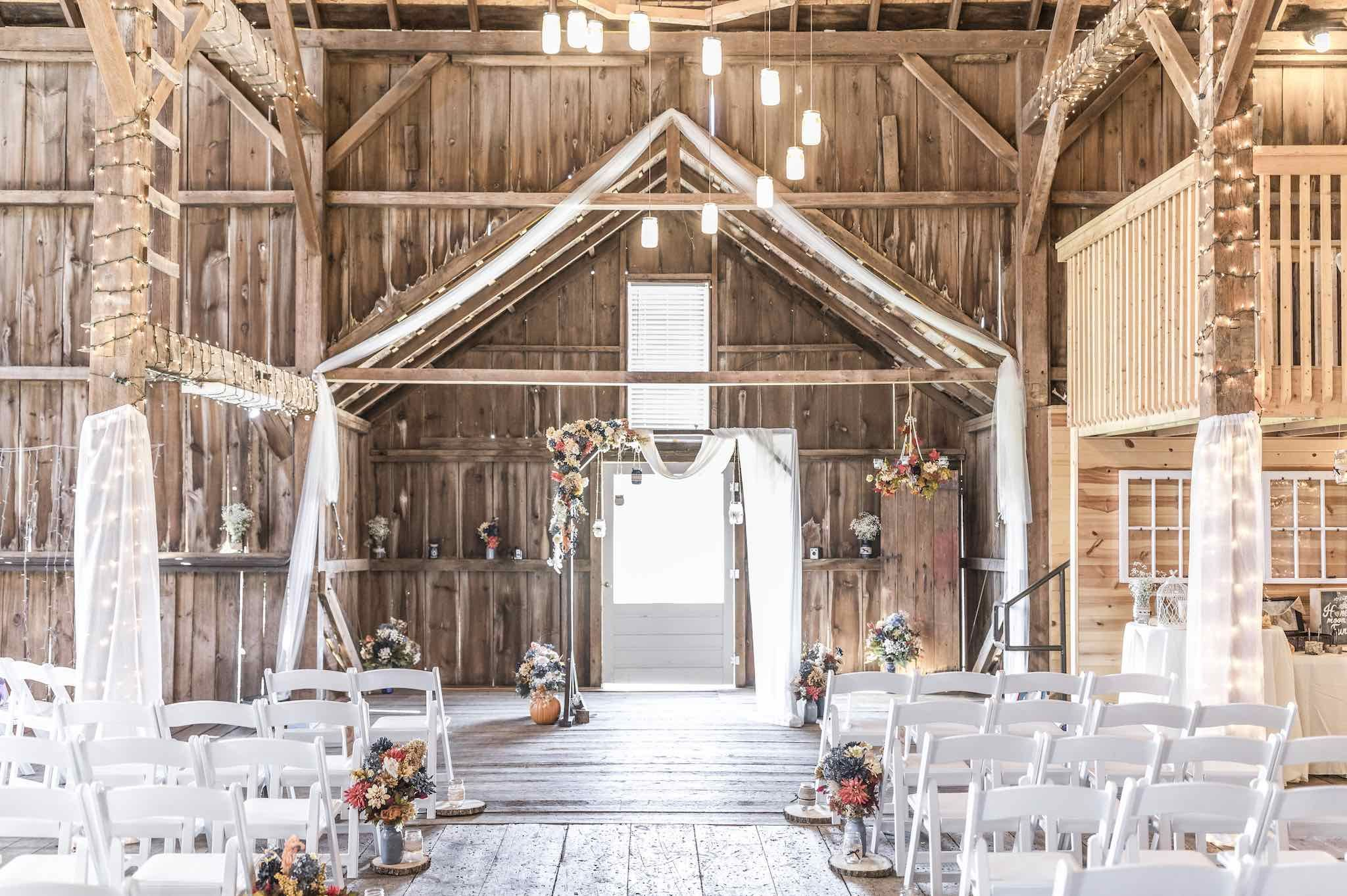 The Brauer Barn - Winnebago, IL | Rustic wedding venues ...