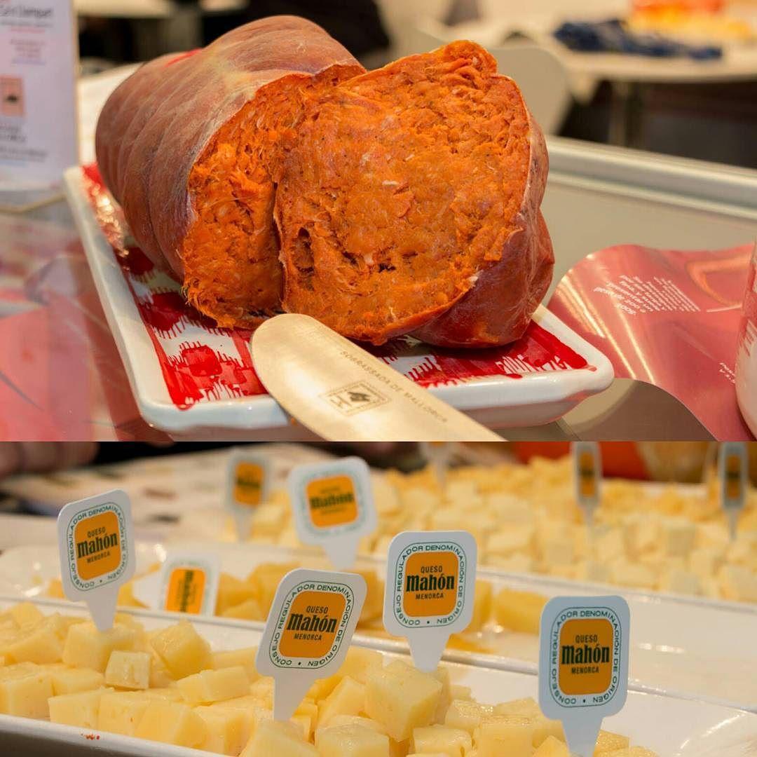 Producto balear que nos encanta en @madridfusion #amf17: queso de Mahón @quesomahonmenorca y sobrasada de Mallorca @sobrasadademallorca