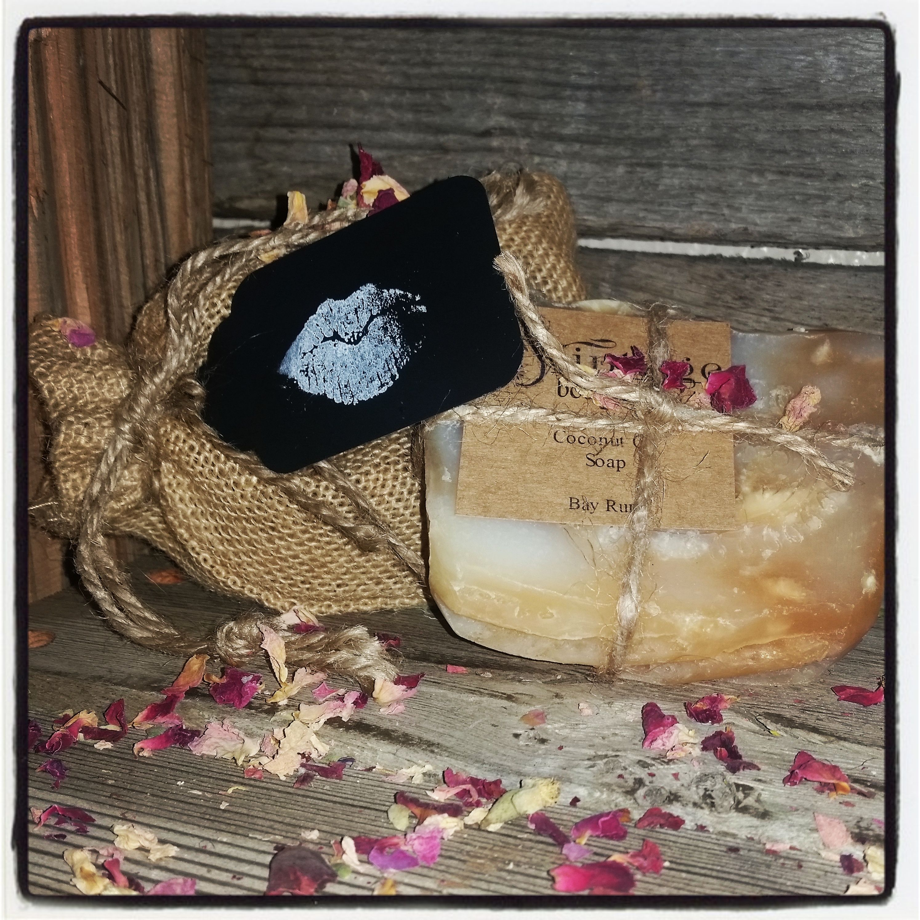 Great Valentine's Gift.  Kiss me clean soap bag.  Choose your fragrance of super lathering coconut oil soap and gift away!