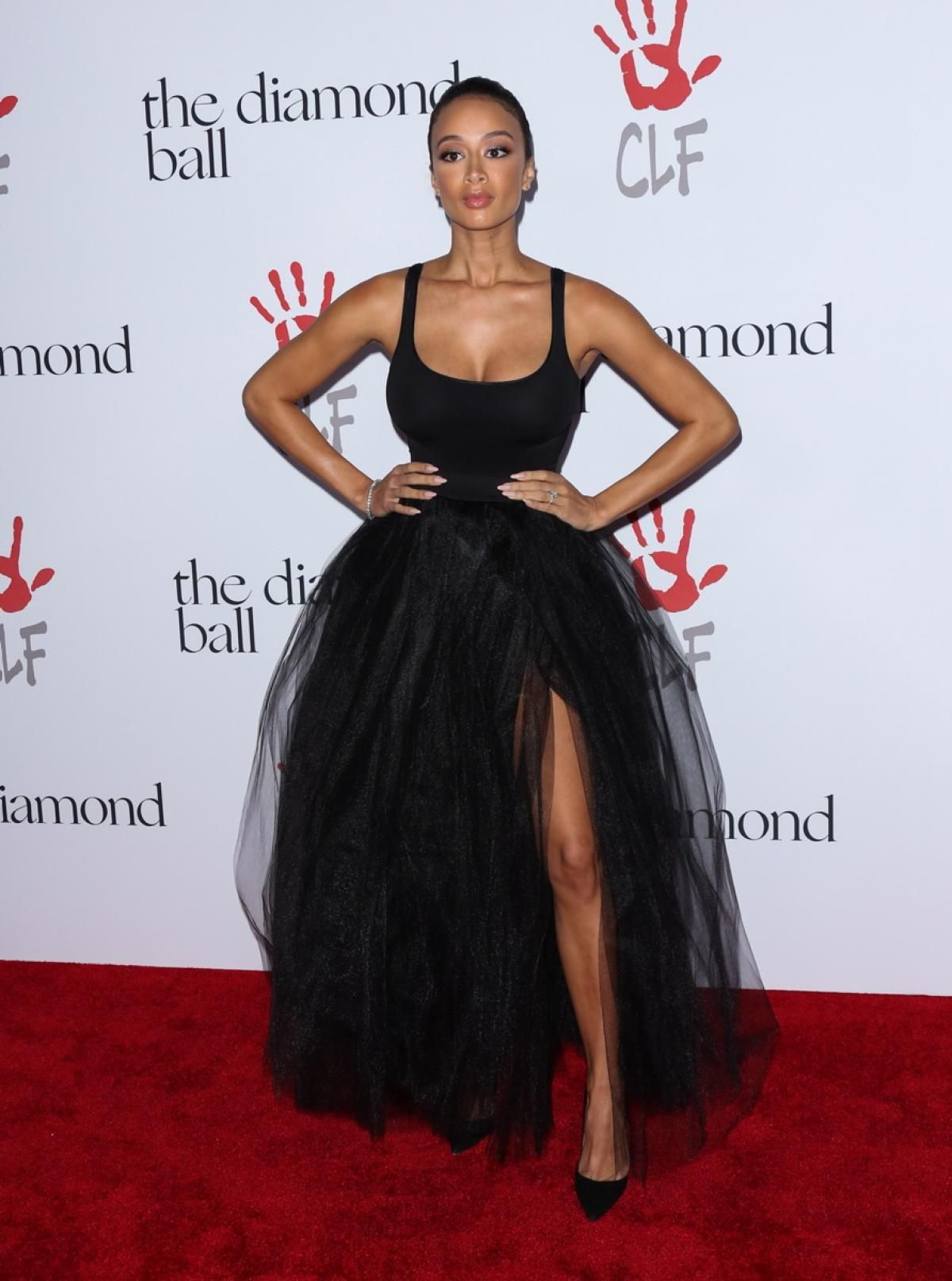 Celebs Sparkle At Rihanna S 2nd Annual Diamond Ball Tulle Skirt Black Tulle Skirts Outfit Tulle Long Skirt [ 1614 x 1200 Pixel ]