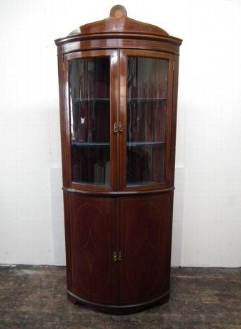 Nice Edwardian Bow Front Corner Cabinet   Circa 1900, Edwardian Bow Front  Freestanding Corner Cabinet With