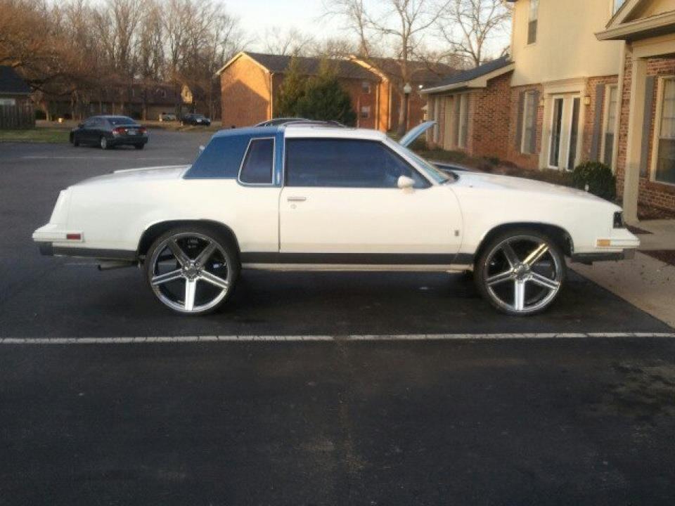 1987 Cutlass Supreme White Wblue Ghost Pearl 24 Iroc Wheels