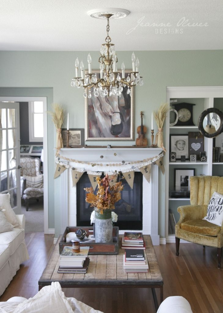 Finding Fall Home Tour With Better Homes And Gardens Jeanne Oliver Farm House Living Room Home Living Room