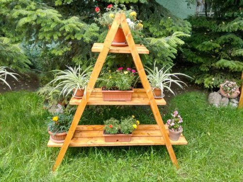 Build your own garden plant stand diy project homesteading the build your own garden plant stand diy project homesteading the homestead survival solutioingenieria Images