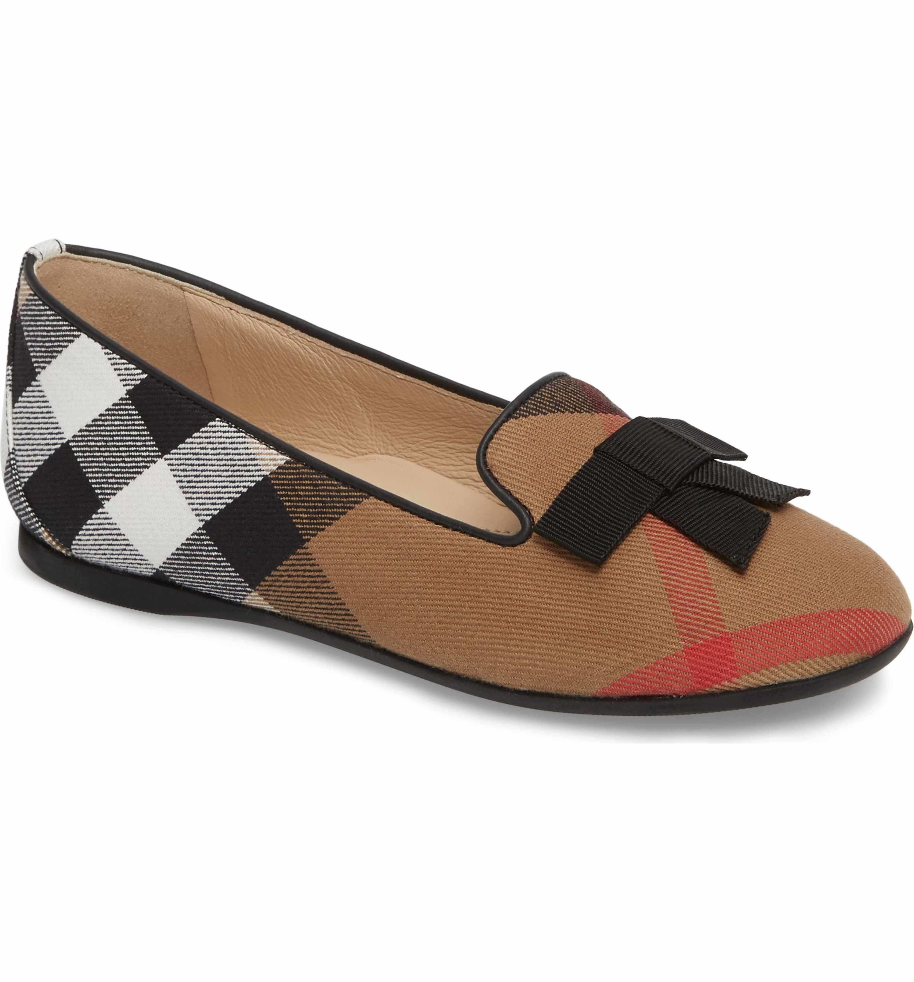 11cd64d1182 Main Image - Burberry Ally Bow Loafer Flat (Walker