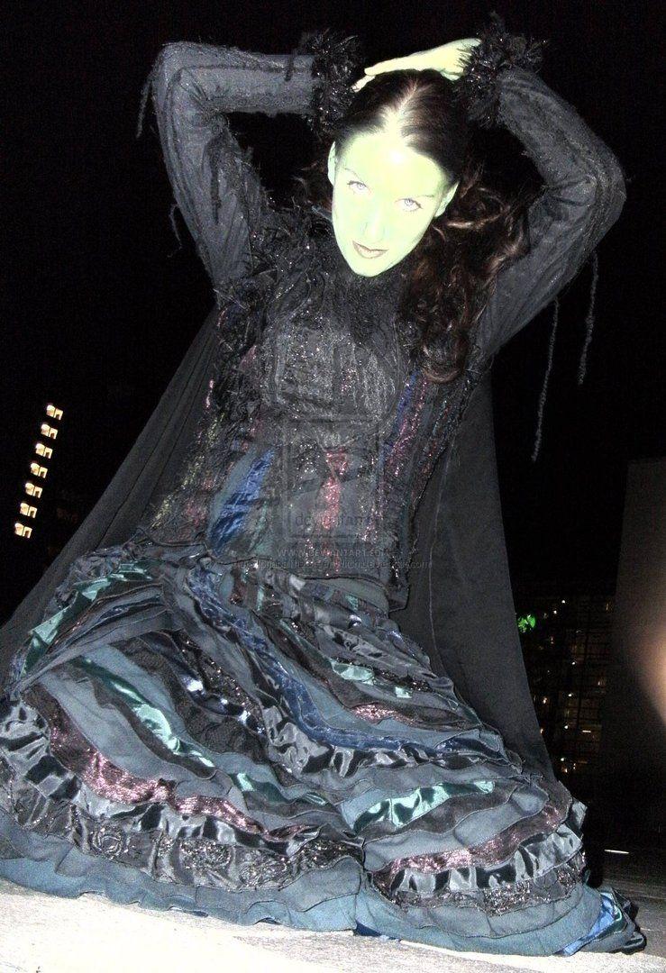 Elphaba Costume 1 by ~ElphabaTheGreenWitch on deviantART