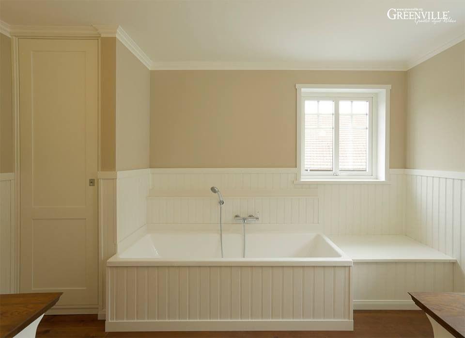 wasserfeste schweden paneel anstatt fliesen der kontrast zur farbigen wand sieht sehr sch n aus. Black Bedroom Furniture Sets. Home Design Ideas