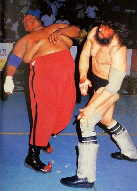 Bruiser Brody Vs Abdullah The Butcher Wrestling Superstars Japanese Wrestling Pro Wrestling